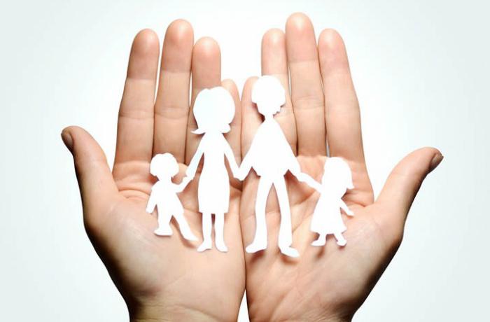 avvocato-napoli-famiglia-separazioni-divorzi-custodia-figli-700×460